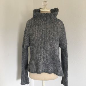Elaine Fisher gray red wool sweater box neck